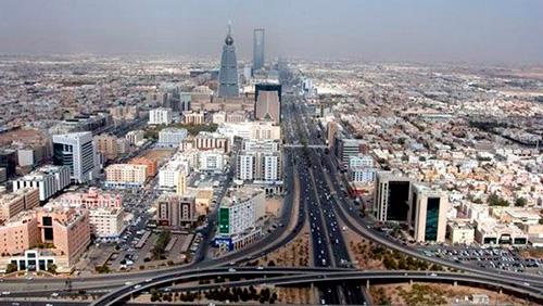 Кризис серьёзно ударил не по России, а по Саудовской Аравии: саудитам катастрофически не хватает денег